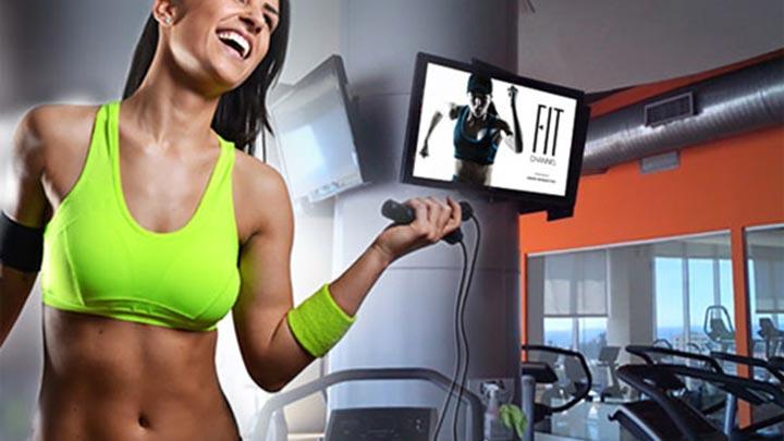 Экран-телевизор в спортзале